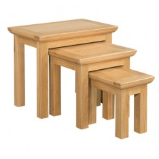 Siento Light Oak Nest of Tables